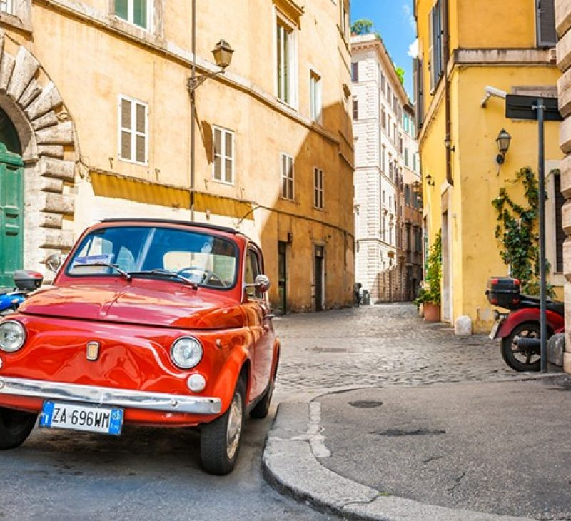 Enjoy a Fiat 500 vintage tour