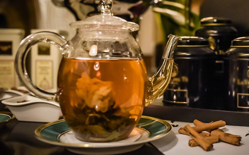 Afternoon tea. A dash of distinction for your day.